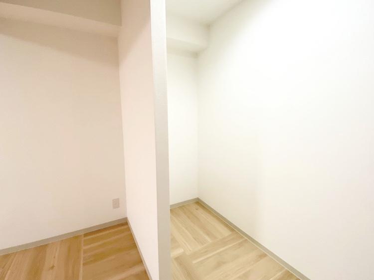 収納スペース(居間)