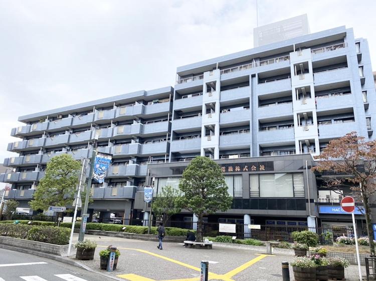 武蔵中原駅の目の前です!(外観)