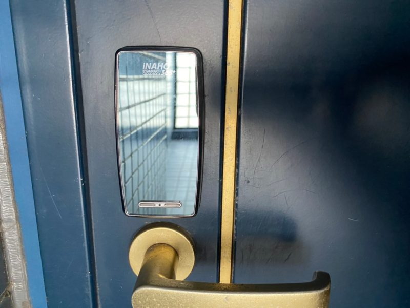 玄関電子ロック